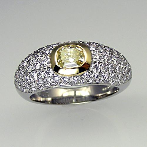 Bombay style diamond ring