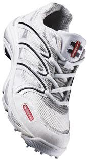 Buy Gray Nicolls Enforcer Junior Spike Cricket Shoe
