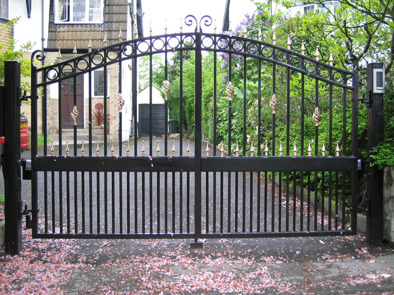 Metal Gates Structure Buy In Shipley