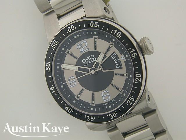 Gents Oris Williams F1 Team 42mm Day Date Automatic on bracelet