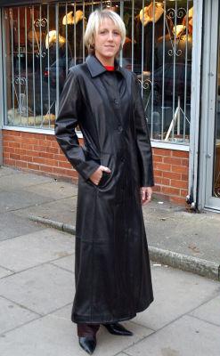 Ladies In Long Leather Coats - Coat Nj