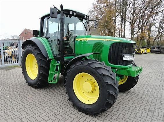 Buy 2006 John Deere 6920 Tractor