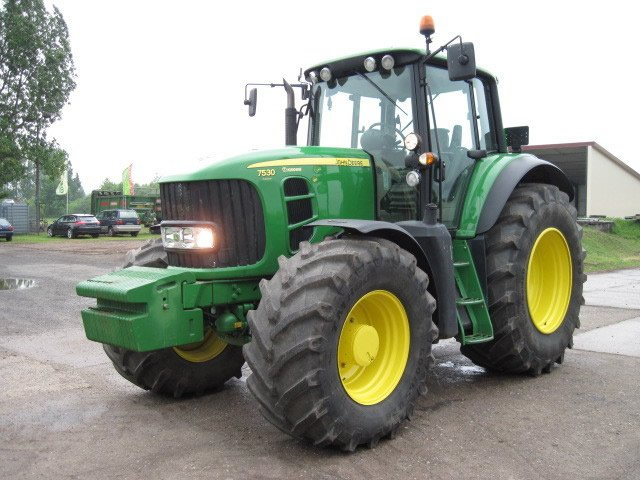 Buy 2008 JOHN DEERE 7530 FARM TRACTOR