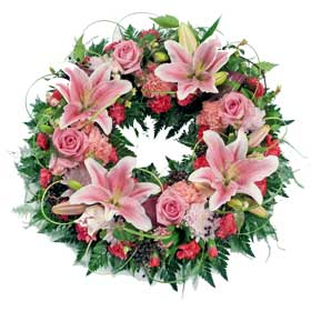 Tribute Pink Loose Wreath