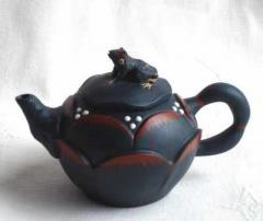 Blue Frog Lotus Teapot