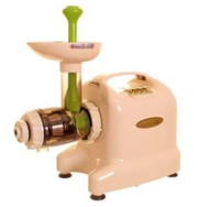 The new 2011 Matstone 6 in 1 juicer in ivory