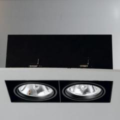 Trimless recessed directional downlight