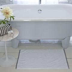 Union square bath mat