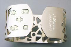 أساور المجوهرات