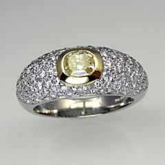 Bombay style diamond ring