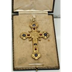 Large victorian cross in 18ct yellow gold