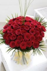 Unforgettable 50 Rose Hand-tied Bouquet