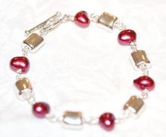 Cranberry Pearl Bracelet