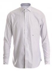 Slim fit striped shirt