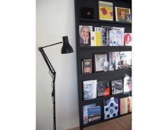 Floor standing pole light