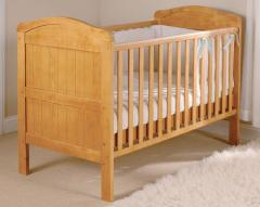 Country cot bed