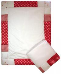 Strawberry Dreams Patchwork edged Cot quilt and