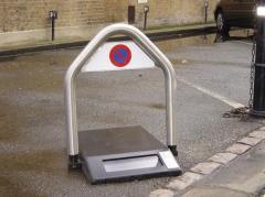 SOLAPARK automatic raising barrier