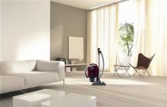 Miele S6730 Red Velvet Vacuum Cleaner