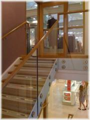 Structural glass balustrade system without