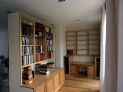 Шкаф и книжный шкаф