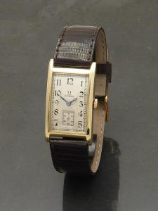 Omega 1930s 9ct gold Watch