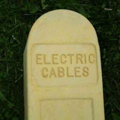 CG1 Electric Cable Marker Posts