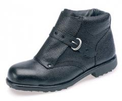 BLACK LEATHER ANKLE FOUNDRY BOOT, STEEL MIDSOLE,