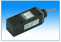 P800 DIN Style Inductive Proximity Switch