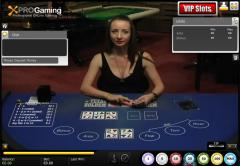 Multiplayer live dealer Texas Holdem poker