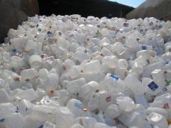 HDPE MILK BOTTLE SCRAPS