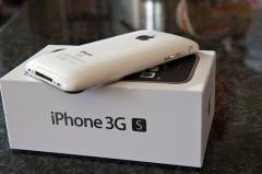 Apple iPhone 4 32GB Black Factory Unlocked SIM