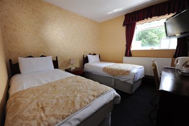 Order Twin En-Suite Rooms