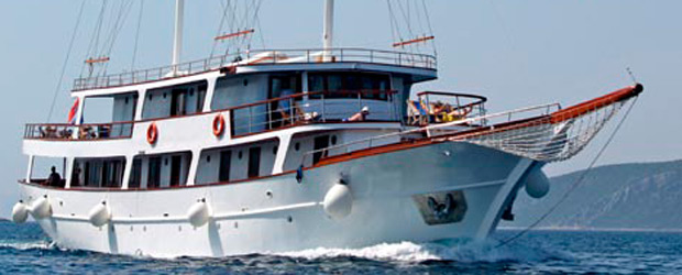 Order Island Hopping Cruises