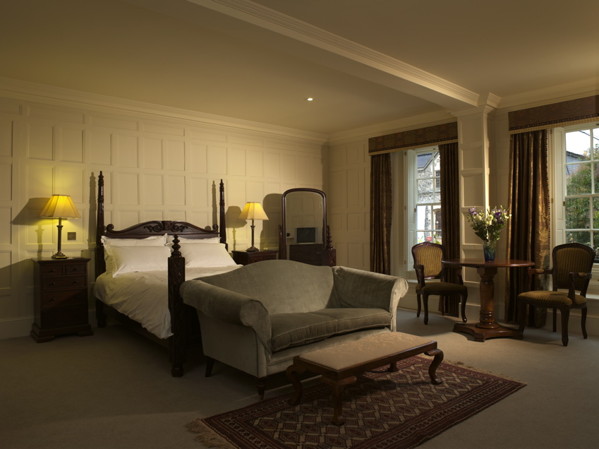 Order Double and twin rooms