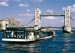 Order Bateaux London lunch cruise
