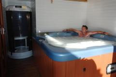 Jacuzzi and steam capsule