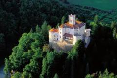Trackoscan castle and Ravna Gora tour