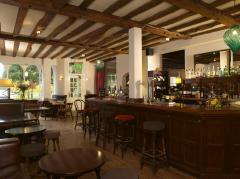 The Old Vine's Bar