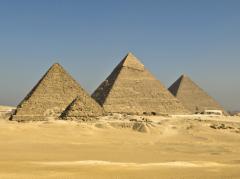 A Taste of Cairo: Pyramids & Tutankhamun tour