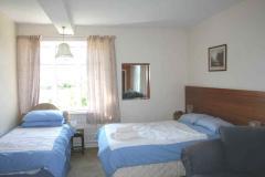 Room 2: Ensuite Double, Triple or Family