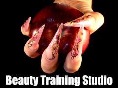 Nail Courses & Beauty Training London