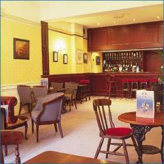 Le Rendezvous pub